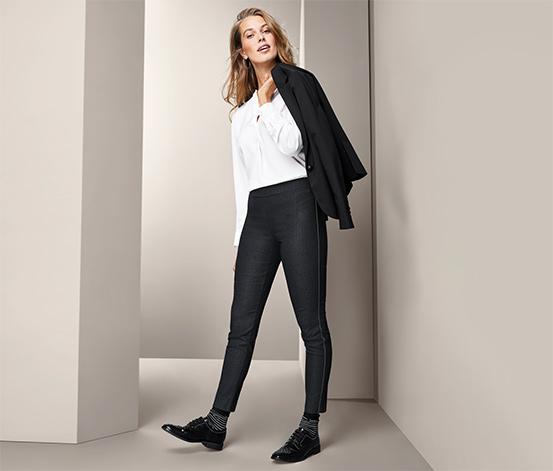 Strečové nohavice s ozdobným pásikom