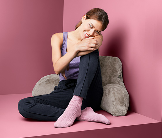 Pohodlný vankúš na sedenie v posteli