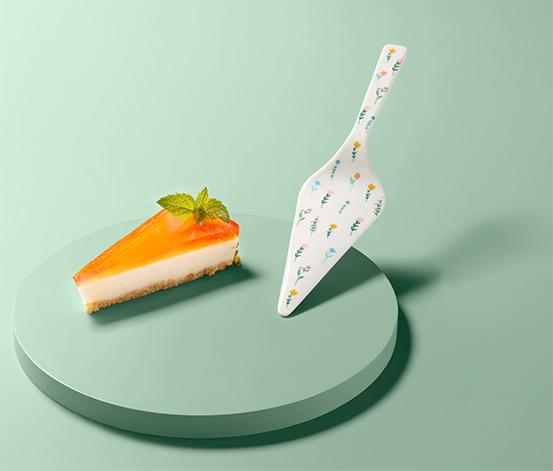 Lopatka na tortu