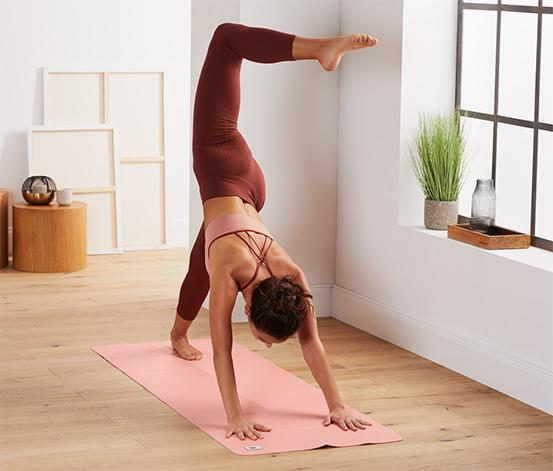 Skladacia podložka na jogu